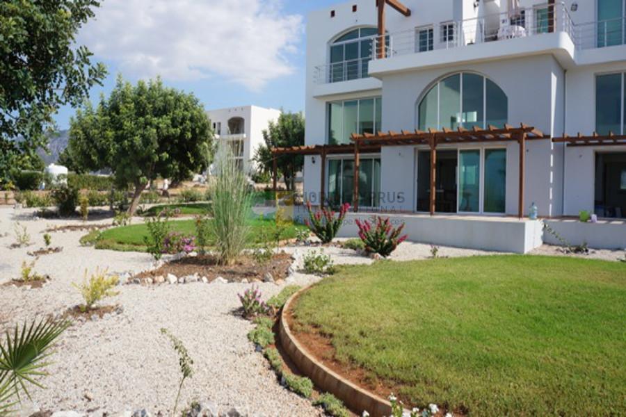 Bahceli Garden Golf Apartment
