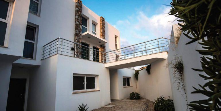 ocean-blue-beachfront-apartments-2-north-cyprus-property