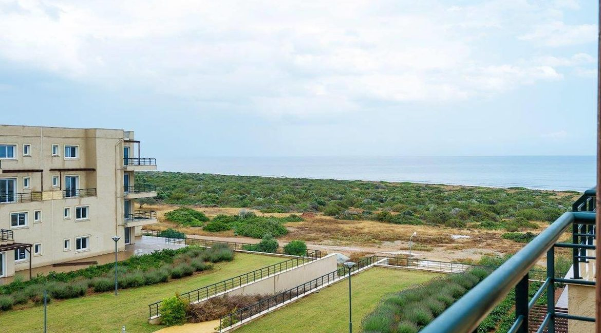 Bafra Beachfront Penthouse 2 Bed - North Cyprus Property 10