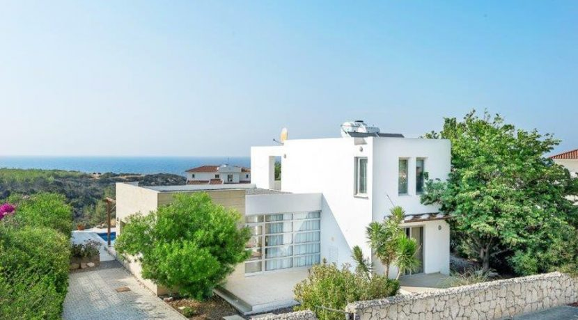 Kyrenia Beach Villa AX13 - North Cyprus Property