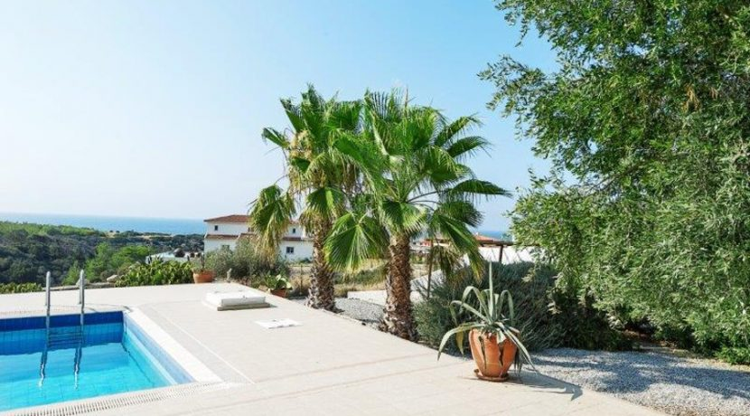 Kyrenia Beach Villa AX18 - North Cyprus Property