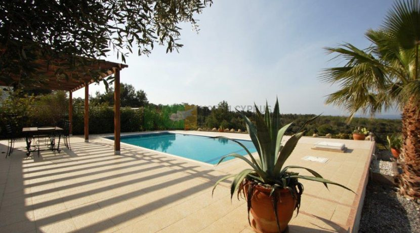 Kyrenia Beach Villa X1 - North Cyprus Property