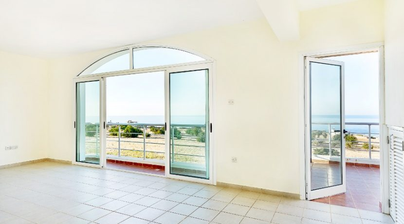 Bahceli Seaview Garden Apartment 4 - North Cyprus Property