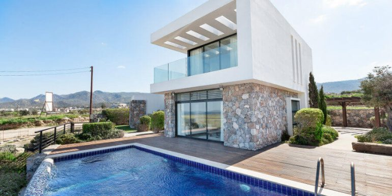 Bahceli Coast Luxury Seaview Villas - North Cyprus Property 16