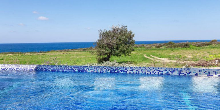 Bahceli Coast Luxury Seaview Villas - North Cyprus Property 30