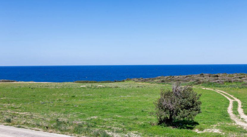 Bahceli Coast Luxury Seaview Villas - North Cyprus Property 39