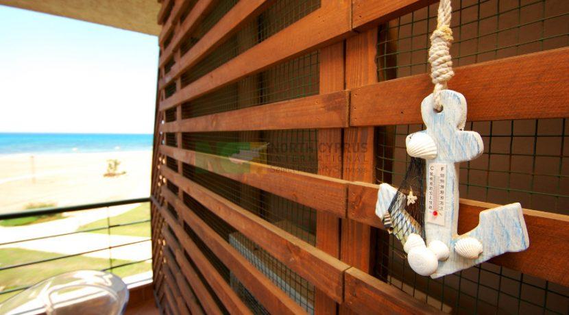 Bafra Beachfront Apartment - 1 B 25 - North Cyprus