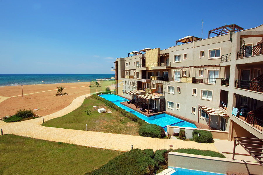 Bafra Beachfront & Spa 2 Bed Seaview Apartment