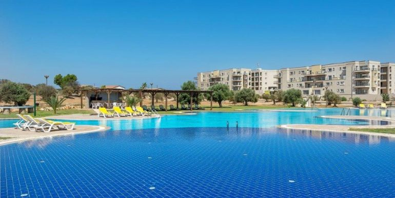 Bafra Beachfront Apartments X6 - North Cyprus Property