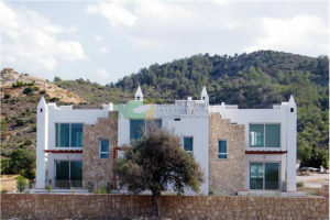 Townhouse in Karsiyaka, West of Kyrenia