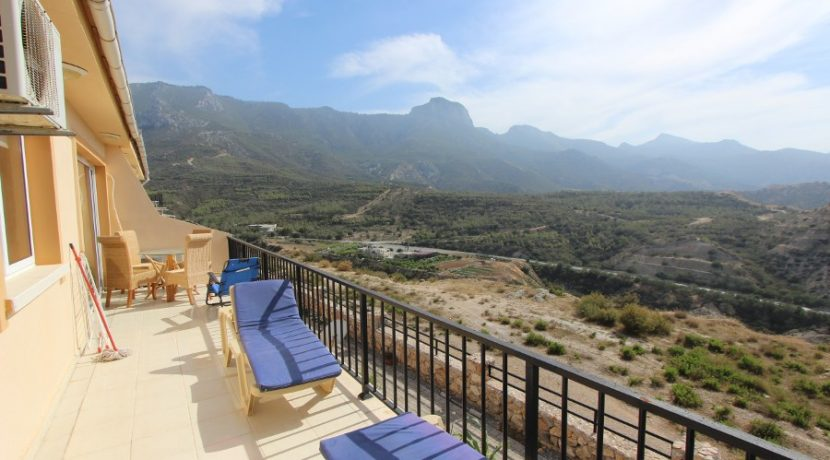 Arapkoy Seaview Apartment 2 - North Cyprus Property