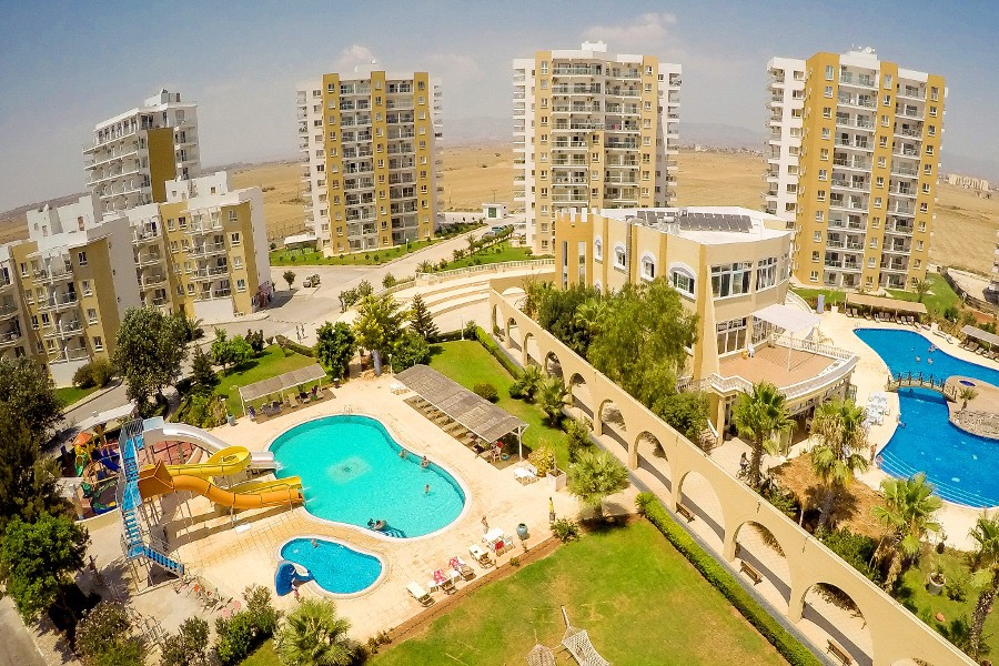 Sea View East Coast 3 Bed Apartment