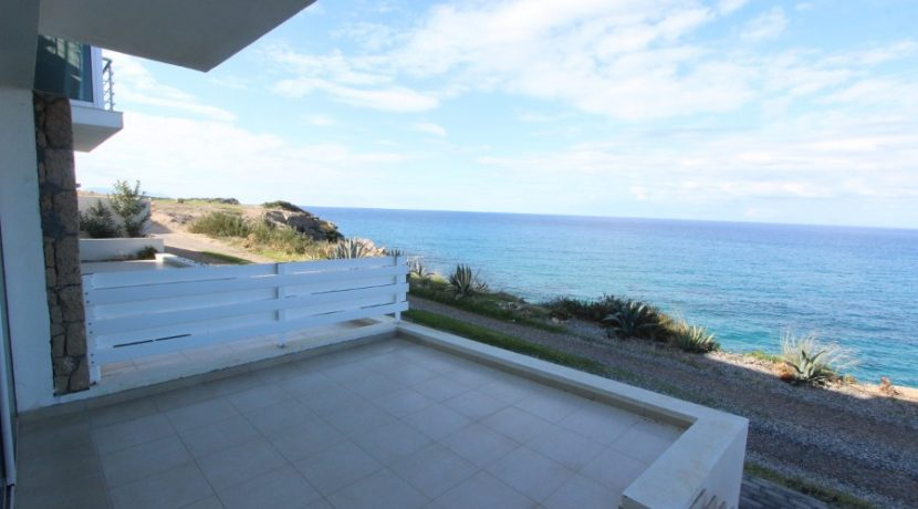 Waters Edge Apartment 3 Bed EX3 - North Cyprus Properties