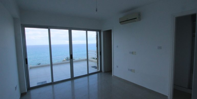Waters Edge Apartment 3 Bed IN5 - North Cyprus Properties
