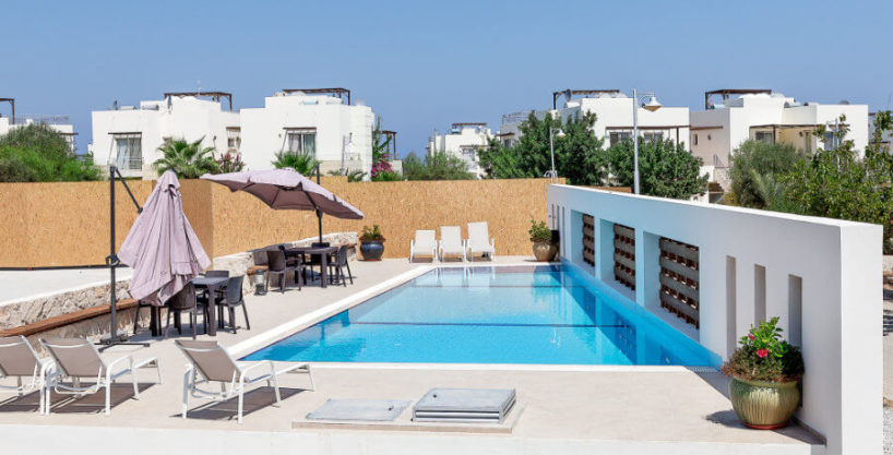 One Bedroom Elite Beach Garden Apartment