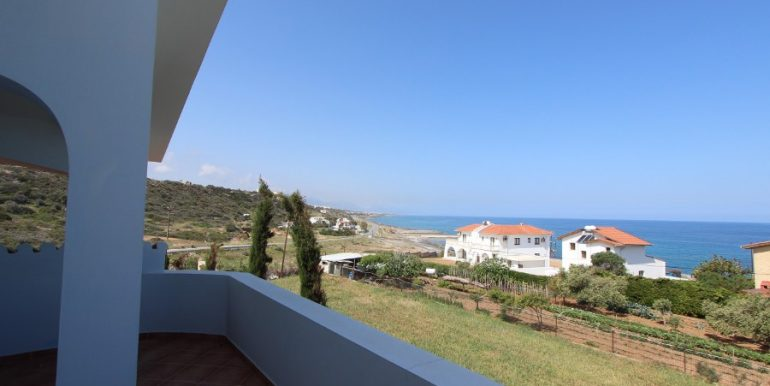 Luxury Esentepe Coast Villa 3 Bed 25 - North Cyprus Property
