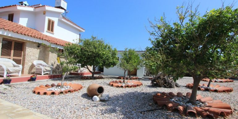 Luxury Esentepe Coast Villa 3 Bed 5 - North Cyprus Property