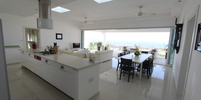 Catalkoy Heights Luxury Ultra-Modern Villa 6 Bed IN1 - North Cyprus Properties