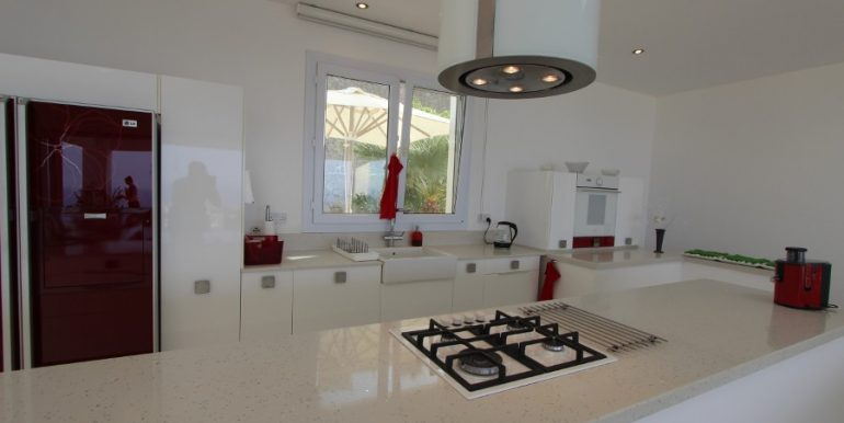 Catalkoy Heights Luxury Ultra-Modern Villa 6 Bed IN25 - North Cyprus Properties