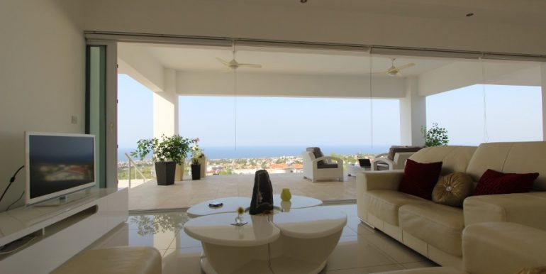 Catalkoy Heights Luxury Ultra-Modern Villa 6 Bed IN4 - North Cyprus Properties