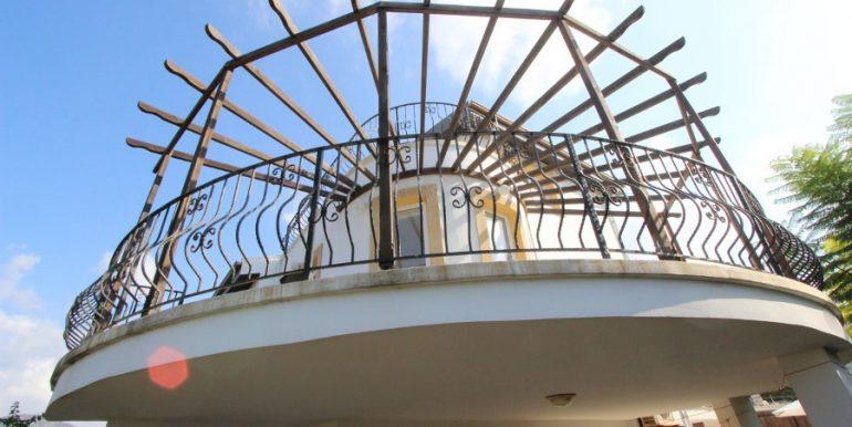 Bahceli Beachfront Seaview Villa EX35 - North Cyprus Properties