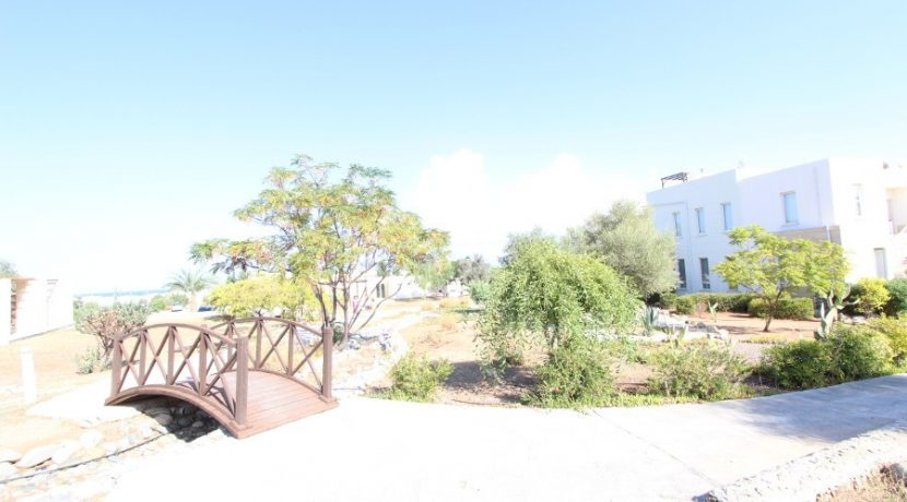 Turtle Beach & Golf Seaview Garden Apt 2 Bed EX5 - North Cyprus Properties