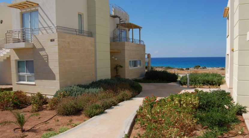 Turtle Beach Seaview Garden Apt 2 Bed EA10 - North Cyprus Properties