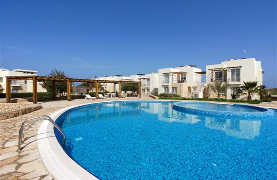 Turtle Beach Seaview Garden Apt 2 Bed EA20 - North Cyprus Properties