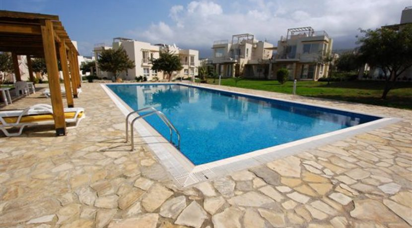 Turtle Beach Seaview Garden Apt 2 Bed EA51 - North Cyprus Properties