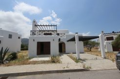 Bougainvillea Beachfront Villa 3 Bed - North Cyprus Property 10