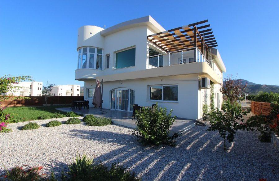 Tatlisu Beachfront 5 Bed Dream Villa EX11 - North Cyprus Properties
