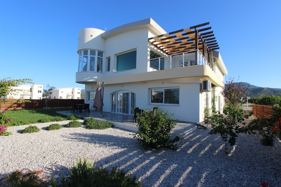 Tatlisu Beachfront 5 Bed Dream Villa