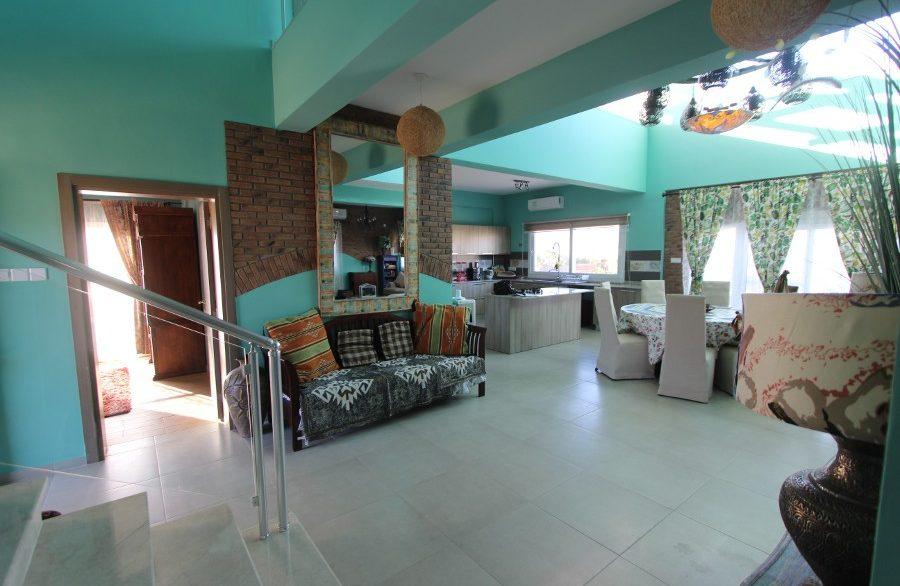 Tatlisu Beachfront 5 Bed Dream Villa IN11 - North Cyprus Properties