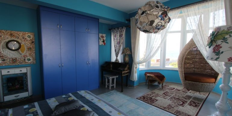 Tatlisu Beachfront 5 Bed Dream Villa IN35 - North Cyprus Properties
