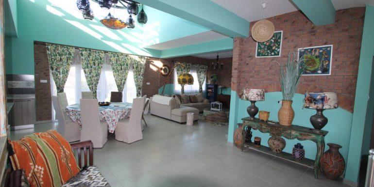 Tatlisu Beachfront 5 Bed Dream Villa IN6 - North Cyprus Properties