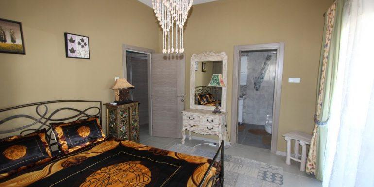 Tatlisu Beachfront 5 Bed Dream Villa IN9 - North Cyprus Properties