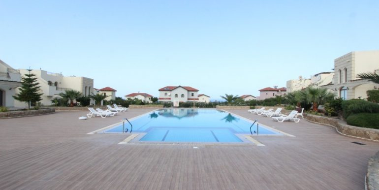 Bahceli Seaview Townhouses 2 Bed EX7 - North Cyprus Properties