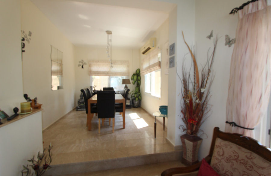 Luxury Frontline Seaview Villa 3 Bed - North Cyprus Property 15