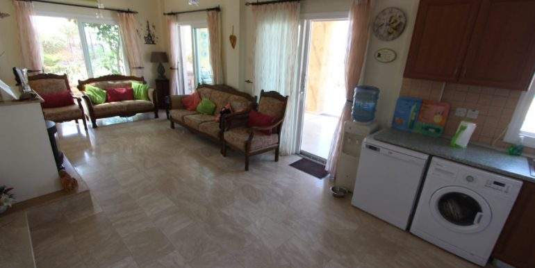 Luxury Frontline Seaview Villa 3 Bed - North Cyprus Property 19