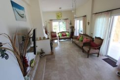 Luxury Frontline Seaview Villa 3 Bed - North Cyprus Property 22