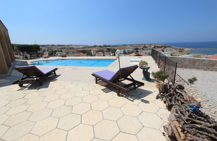 Luxury Frontline Seaview Villa 3 Bed - North Cyprus Property 3