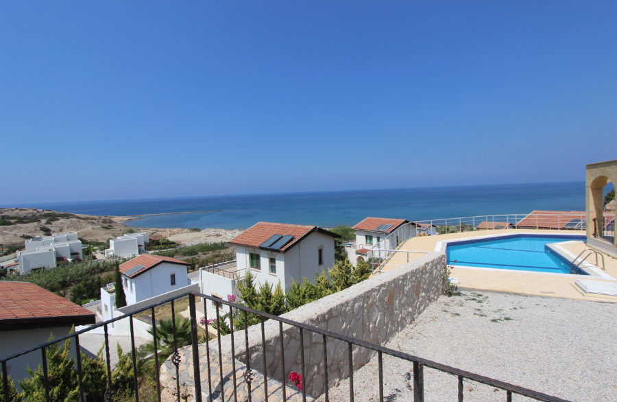 Luxury Frontline Seaview Villa 3 Bed - North Cyprus Property 5