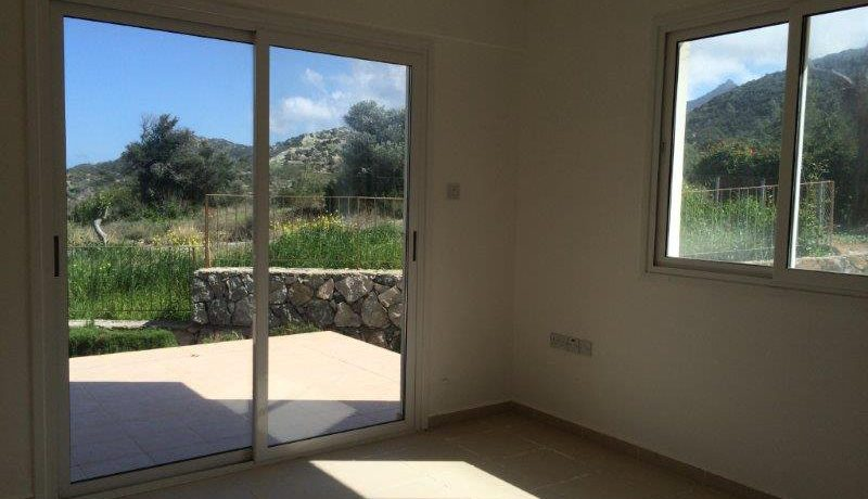 Tatlisu Sea and Mountain View Apartment 3 Bed - North Cyprus Property 9