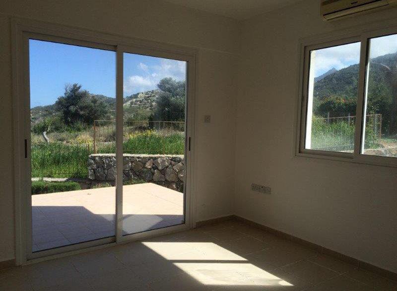Tatlisu Sea and Mountain View Apartment 3 Bed - North Cyprus Property 9