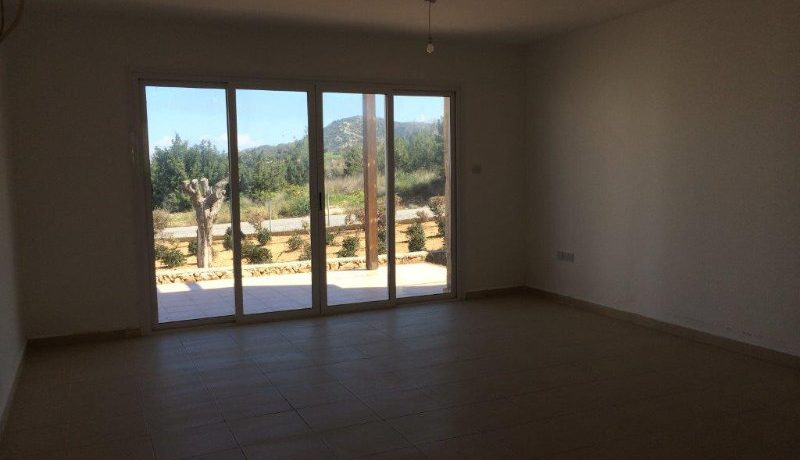 Tatlisu Seaview Garden Apt 3 Bed - North Cyprus Property 2