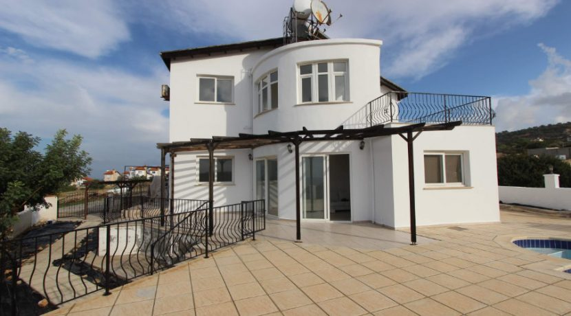 Esentepe Seaview Villa 4 Bed - North Cyprus Property 9