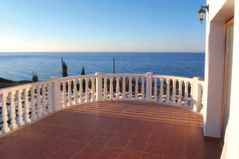 Elegant Seafront Palms Villa in Bahceli 3 Bed - North Cyprus Property A1