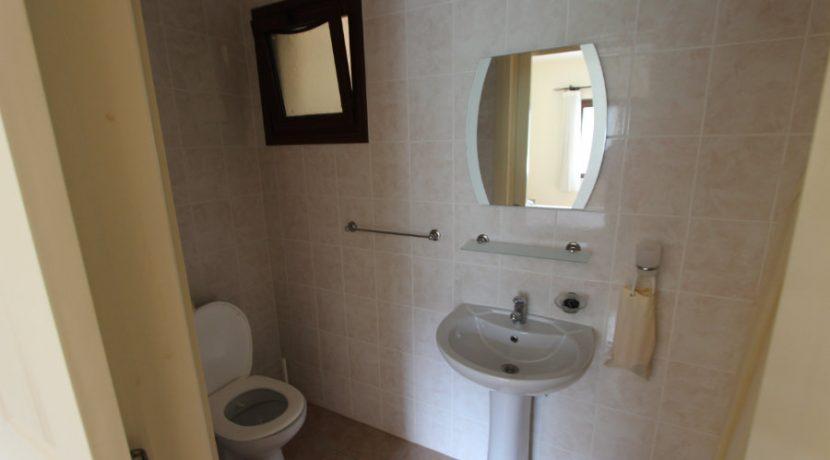 Kucuk Erenkoy - Coast View 3 Bed Garden Apartment 11