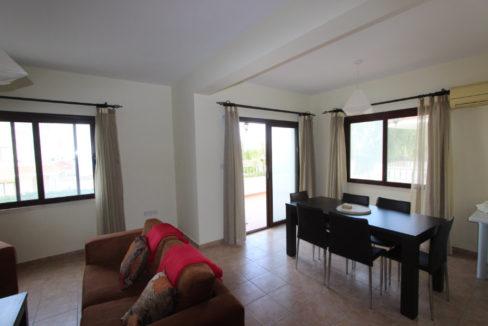Kucuk Erenkoy - Coast View 3 Bed Garden Apartment 13
