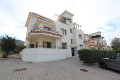 Kucuk Erenkoy - Coast View 3 Bed Garden Apartment 23